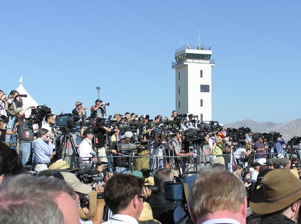 Media covering SS1 flight